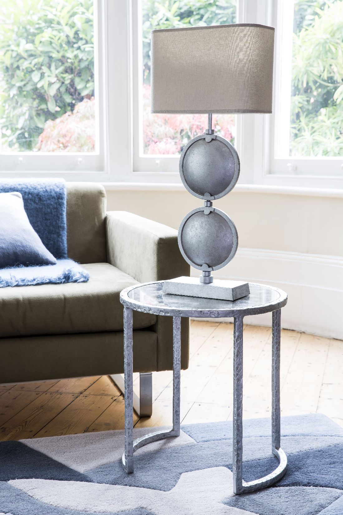 17blackbird-london_double-discus-table-lamp-in-antique-silver.jpg