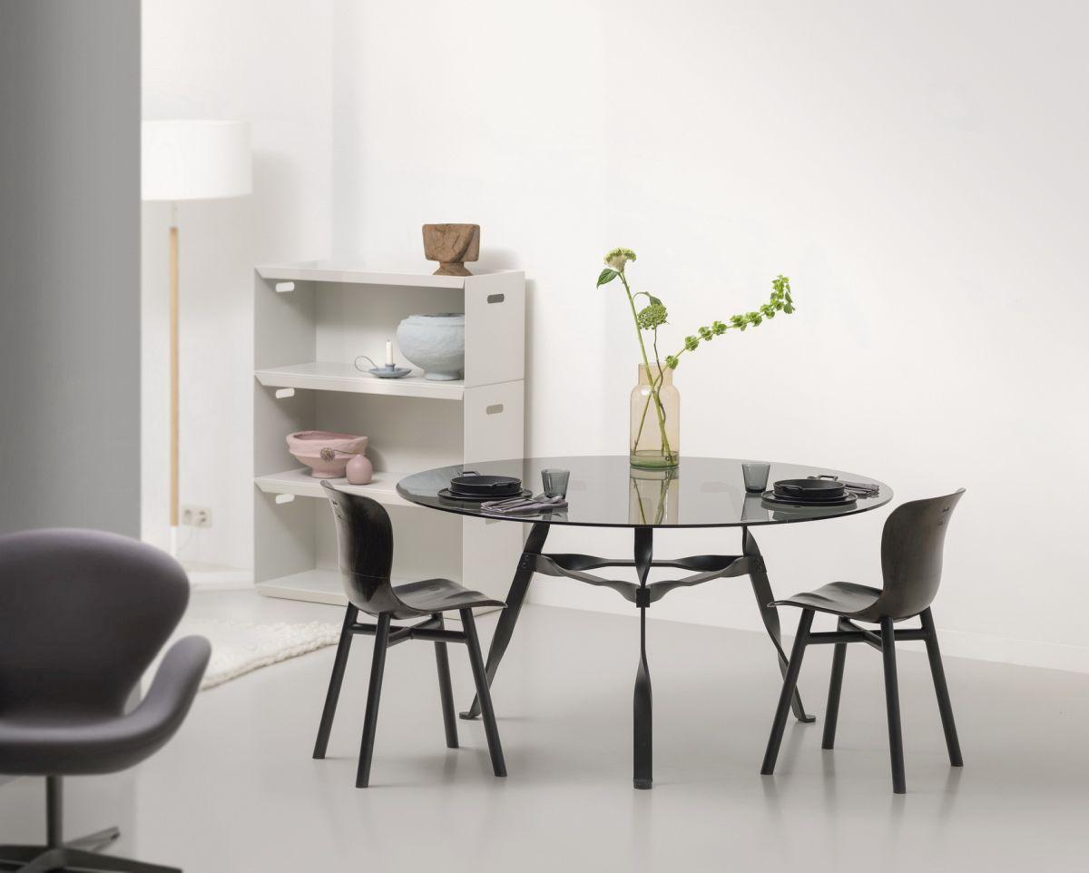 Stůl jako srdce domova