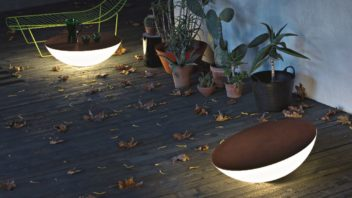 3chaplins-furniture_solar-outdoor-lights-by-foscarini-352x198.jpg