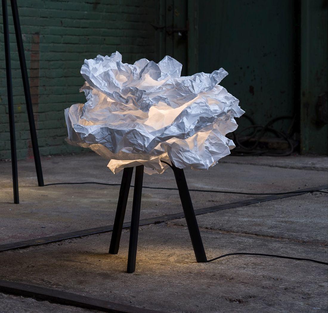 4nedgis_lampadaire-cloud-nuage-blanc-h67cm-pieds-noirs-proplamp.jpg