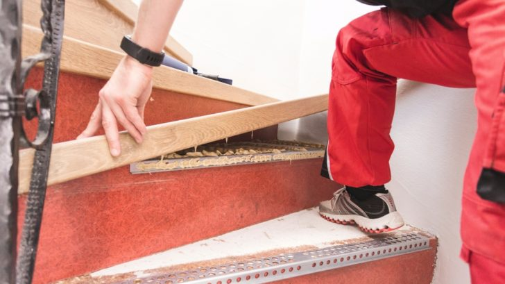 5full_02pi_ap_ph_flo_stairs_craftsman_installation_stairsystem_overall_epl122_06-728x409.jpg