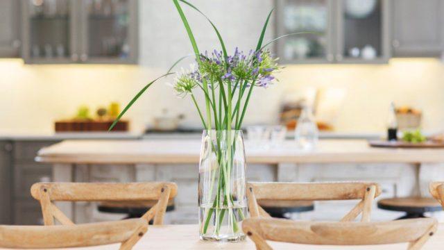 Péče ořezané květiny se vyplatí. Potěší vás mnohem déle