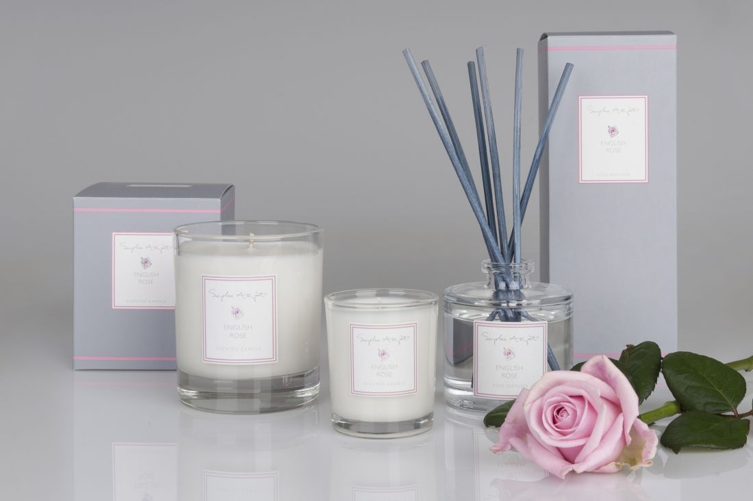 17_sophie-allport_rose-candle-and-diffuser-collection.jpg