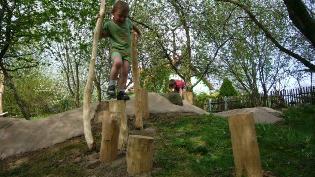Postavte dětem hřiště vpřírodním duchu