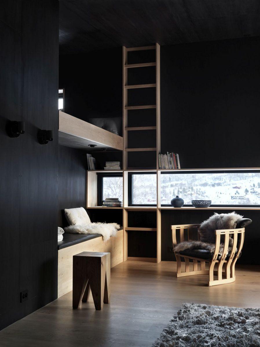 schueco_black-lodge_zdroj-foto-invit-arkitekter_alesund_johan-holmquist_1-1200x1200.jpg