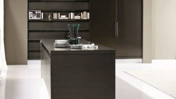 03_aran-cucine_met_cover-in-matt-wood-graphite-oak3-352x198.jpg
