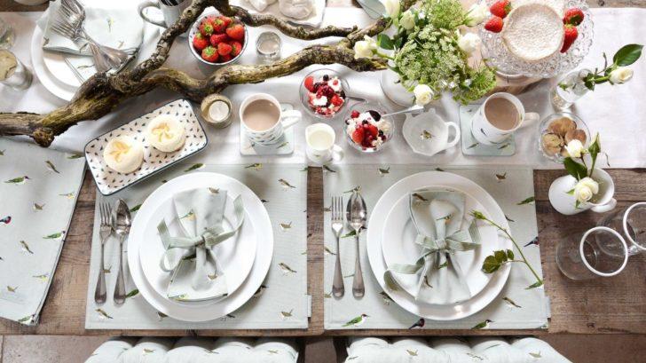 1sophie-allport_-garden-birds-table-setting-728x409.jpg
