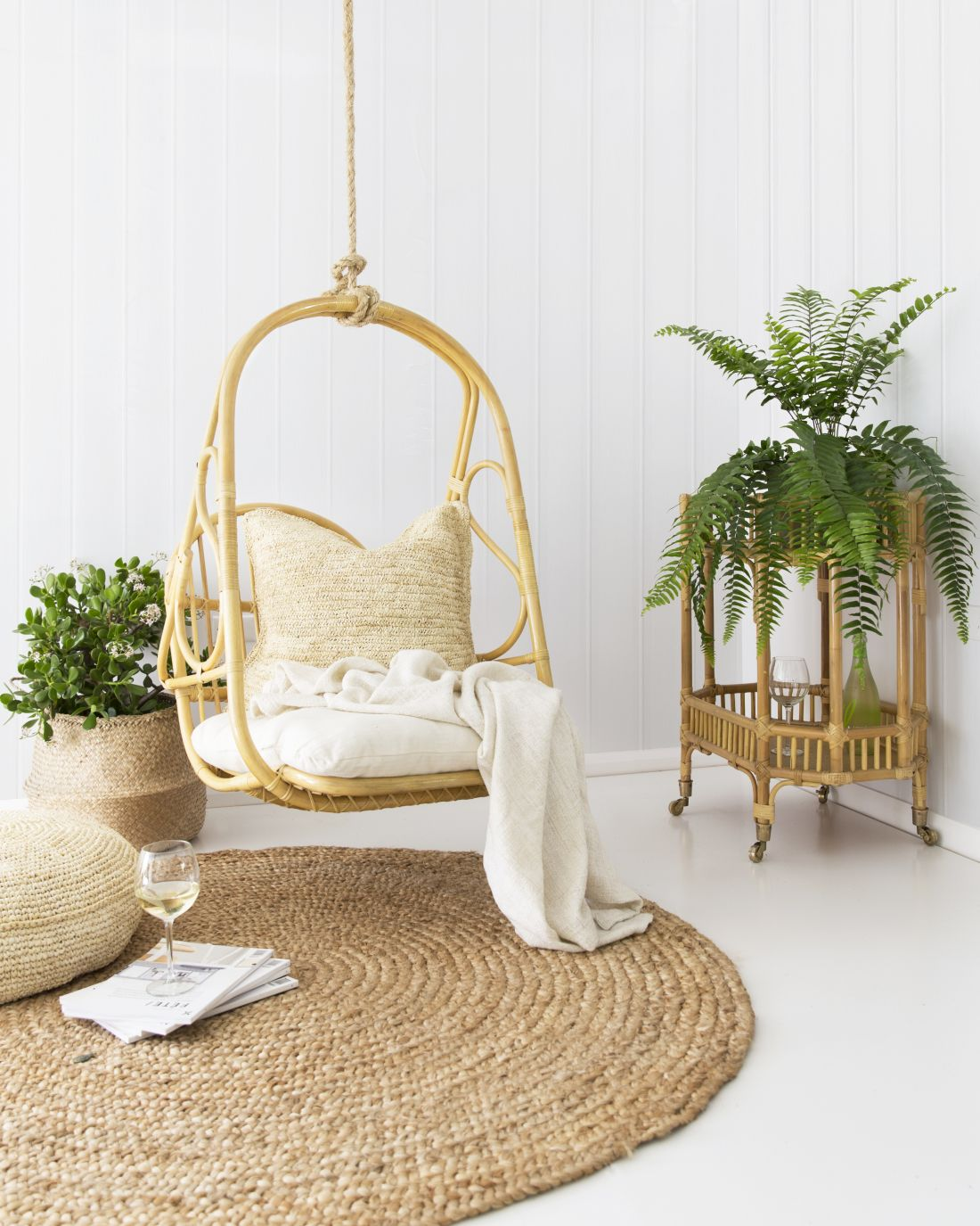 6cranmore-home_039rosie039-hanging-chair-in-natural-rattan.jpg