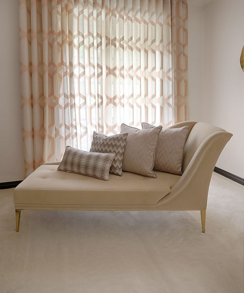 16brabbudesignforces_summer-rare-editions_-chaise-with-tropical-cushion-1200x1200.jpg