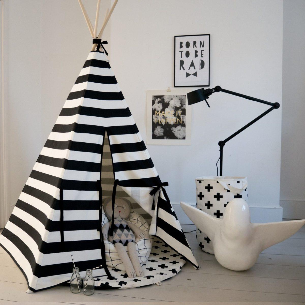 9mini-maison_wildfire-teepee-monochrome-stripe-with-black-trim-1200x1200.jpg