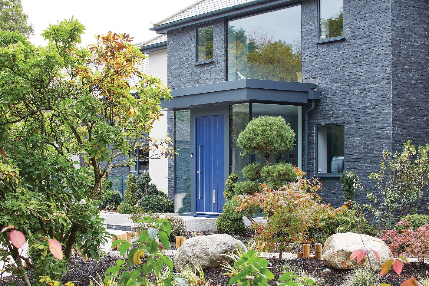 1urban-front_blue-door-house.jpg