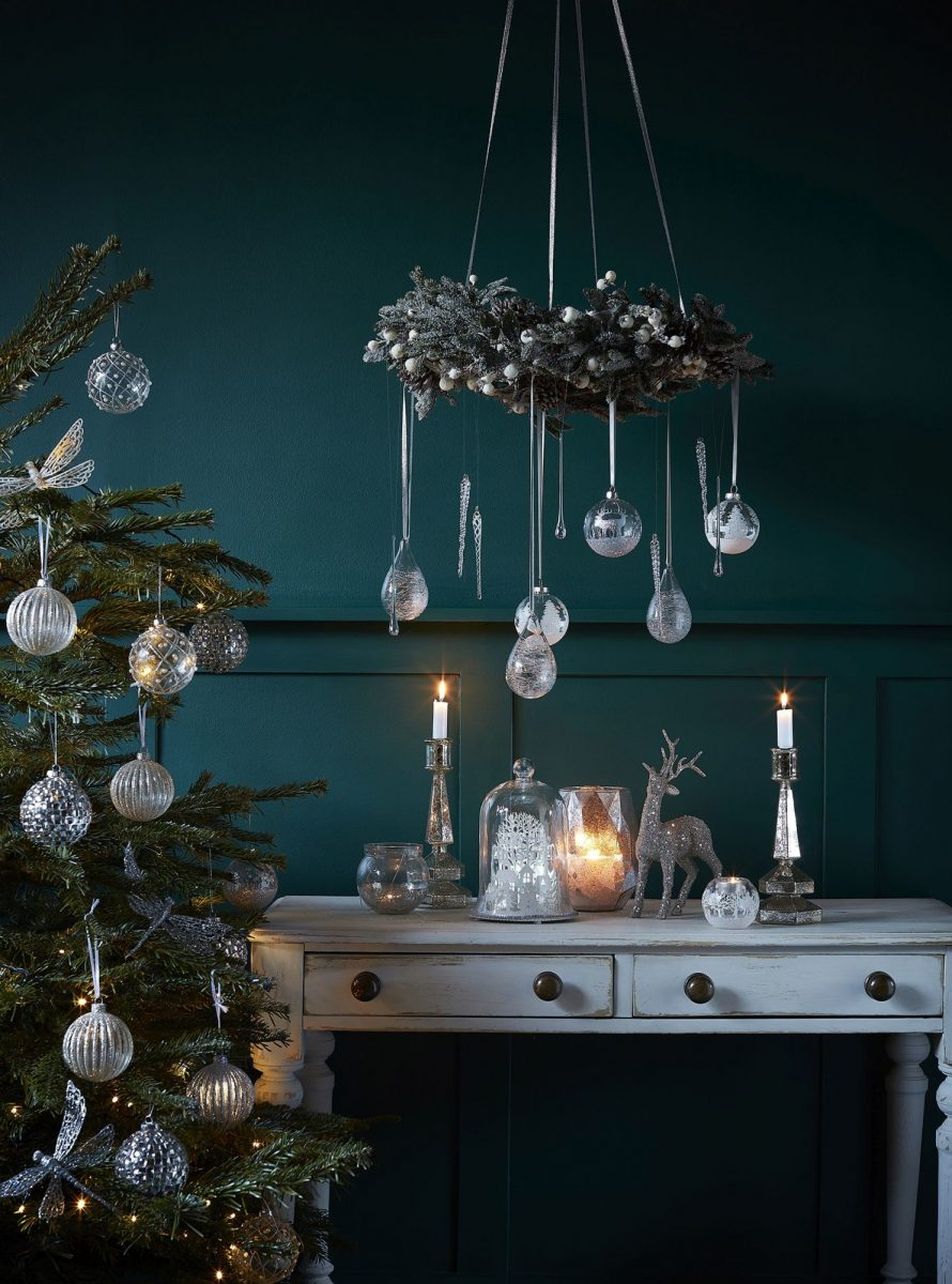 27the-contemporary-home_silver-christmas-from-al2.50-1200x1200.jpg