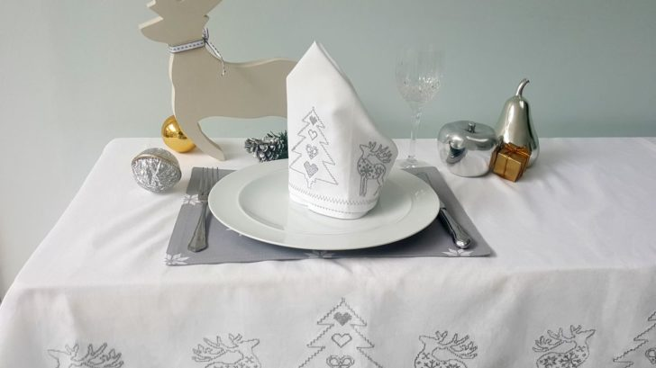 tessa-embroidered-silver-grey-christmas-tablecloth-728x409.jpg