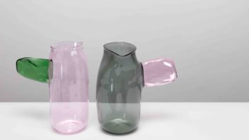 04_a-plus-a-gallery-jochen-holz-coloured-side-handle-colour-jugs-photographs-by-angus-mill-352x198.jpg