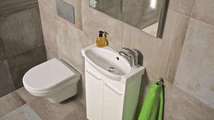 14zavesna-toaleta-tigo-728x409.jpg