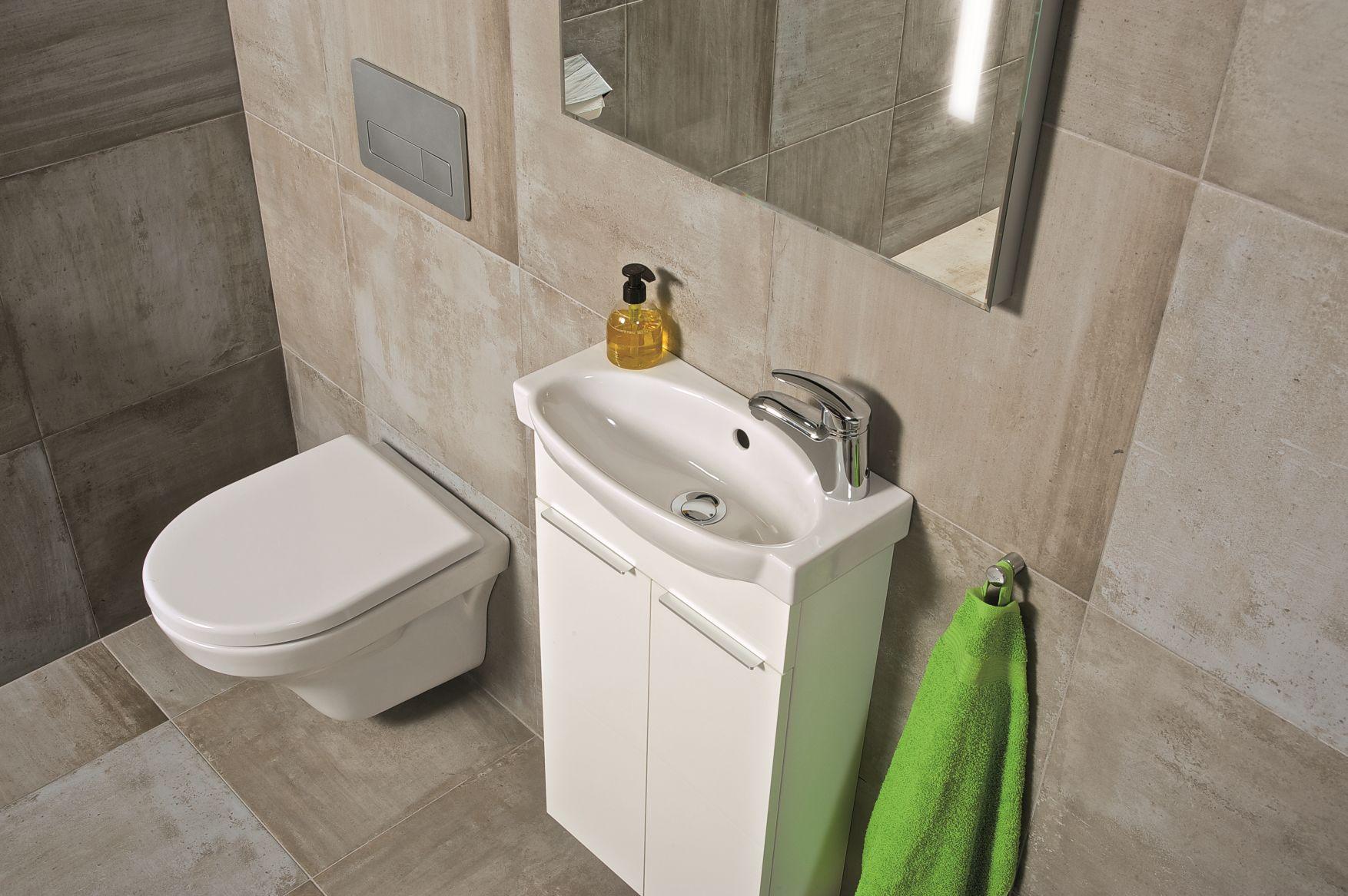 14zavesna-toaleta-tigo.jpg