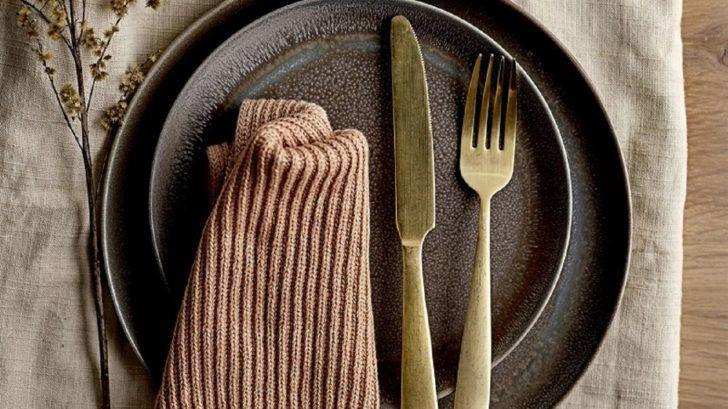 15lagoon_bloomingville-gold-cutlery-set-of-4-_stainless-steel-728x409.jpg