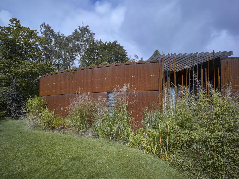 15pohled-ze-zahrady-smerem-z-uliceel6dfrxd1522454711-1440x1078.jpg