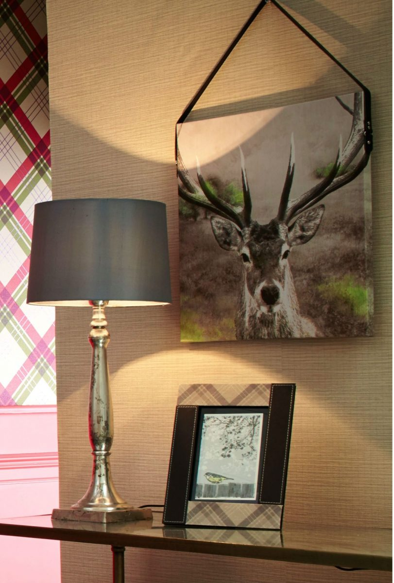 6arthouse_stag-printed-canvas-with-faux-leather-strap-1200x1200.jpg