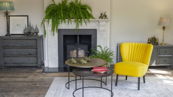 2orchid-furniture_yellow-verity-velvet-chair-728x409.jpg