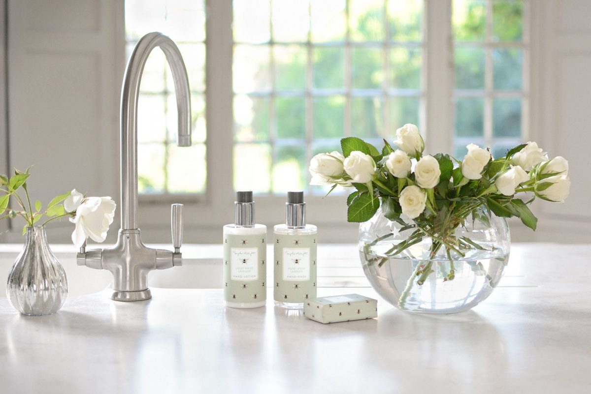 2sophie-allport_-honey-spiced-lavender-hand-wash-lotion-amp-soap-1200x1200.jpg