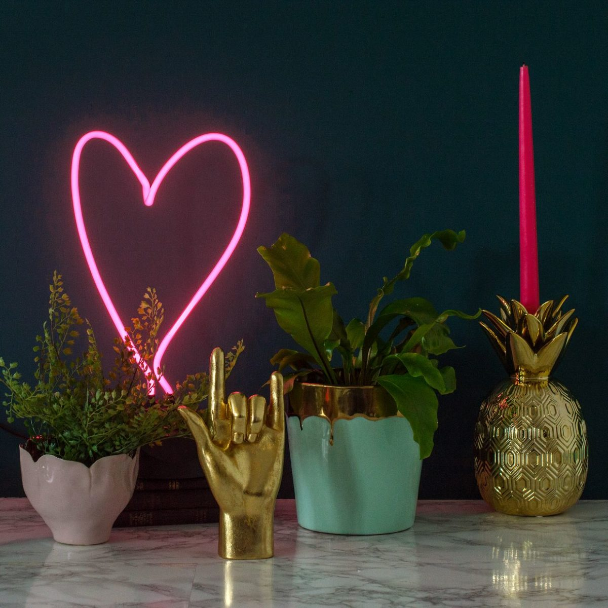 4audenza_pink-neon-heart-light-with-stand-al58.-gold-039rock-on039-hand-al16.95.-luxe-drip-plant-pot-al30.95-1200x1200.jpg