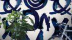 13decoville-spontaneous-blue-wallpaper-144x81.jpg