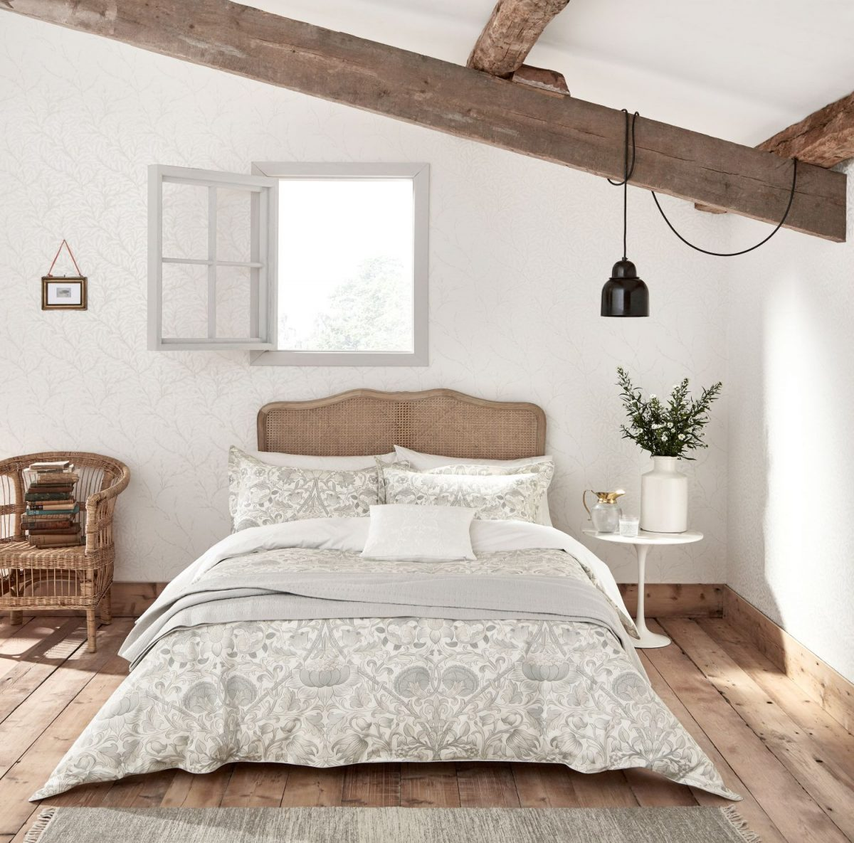 17the-french-bedroom-co_pure-lodden-bed-linen-by-morris-amp-co-lifestyle-1200x1200.jpg