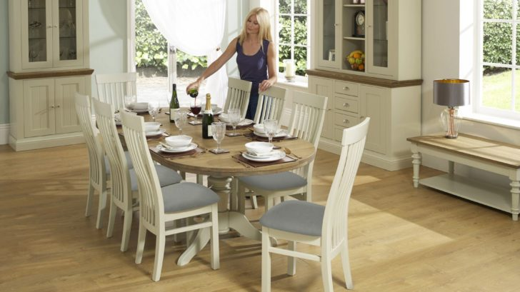 1bridgman_cobham-painted-oval-extending-table-with-8-sandown-dining-chairs-728x409.jpg
