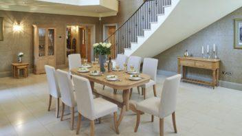 2bridgman_180cm-lambourne-double-pedestal-extending-dining-table-with-8-buckingham-dining-chairs-352x198.jpg