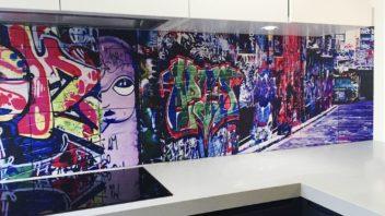 2jennoliart_custom-printed-streetart-splashback-tiles-352x198.jpg
