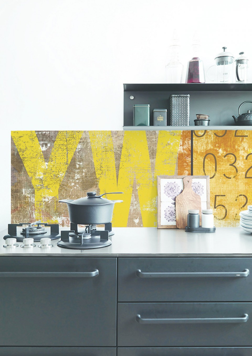 4lime-lace_kitchenwalls-wallpaper-splashback-fresco.jpg