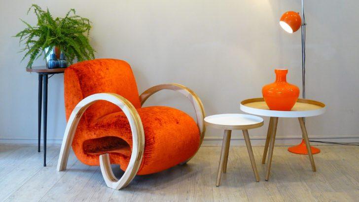 4ksl-livng-fauteuil-d039exception-mortimer-bois-et-tissu-editeurs-orange-728x409.jpg