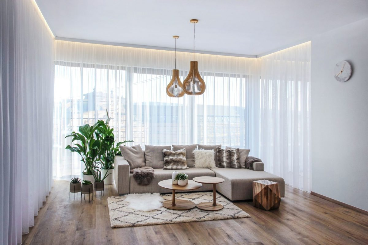29lazenske-apartma_vinyl-wineo-400-xl-wood_dekor-dub-joy-tender_zdroj-studio-identity-design_3-1200x1200.jpg