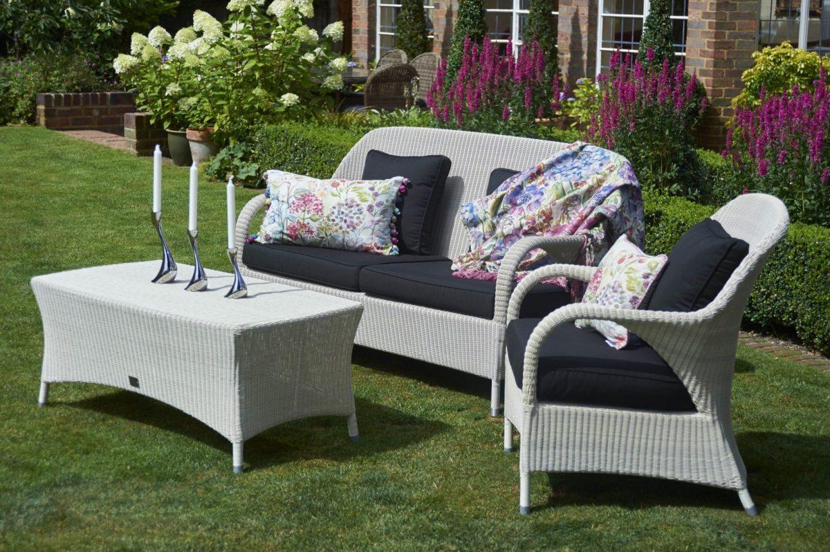 2bridgmansummer-garden-_-rattan-sussex-sofa-white-sofa-with-rectangular-coffee-table-1200x1200.jpg