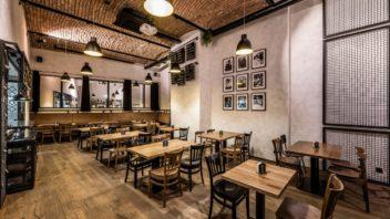 restaurace-u-tomana_podlahy-kolekce-kaehrs-piacente_dekor-dub-terrano_zdroj-dum-u-tomana_13-352x198.jpg