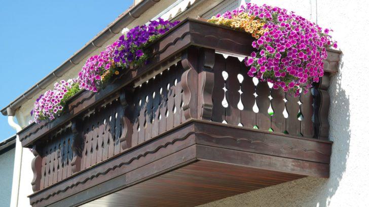 1balcony-200431-728x409.jpg