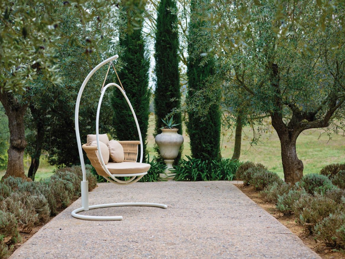 21go-modern-furniture_point-weave-garden-swing-chair.jpg