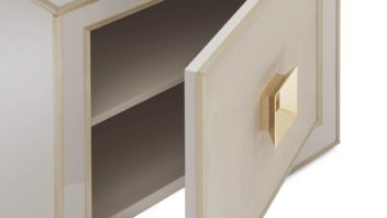 04_heritage-collection-ermione-bedside-table-352x198.jpg