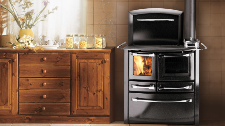 16ludlow-stoves-ltd_valentina-curved-woodburning-cooker-728x409.jpg