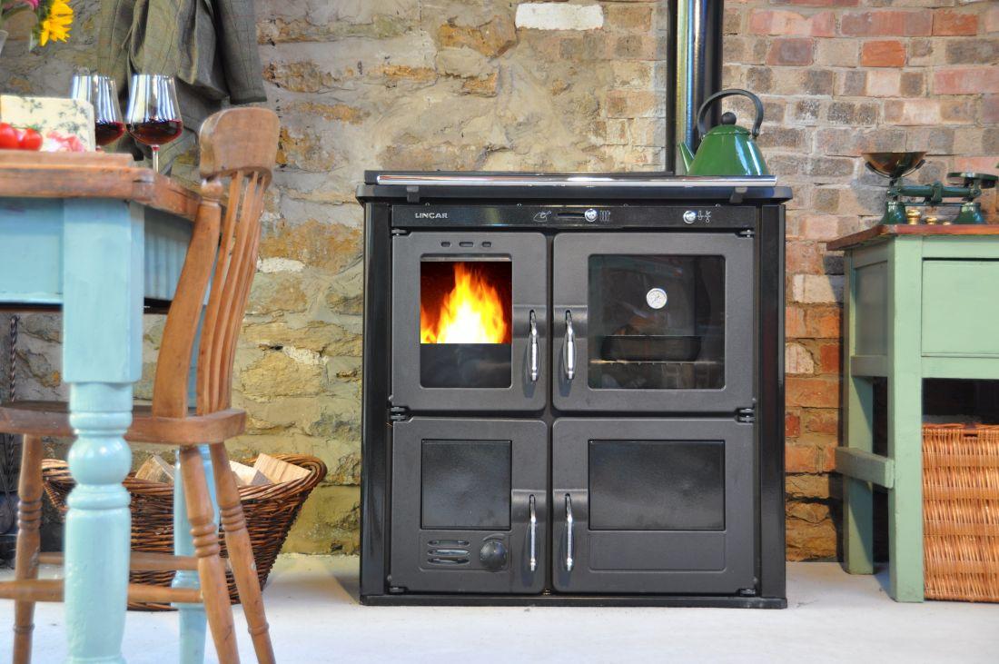 3ludlow-stoves-ltd_ilaria-woodburning-cooker-amp-boiler.jpg