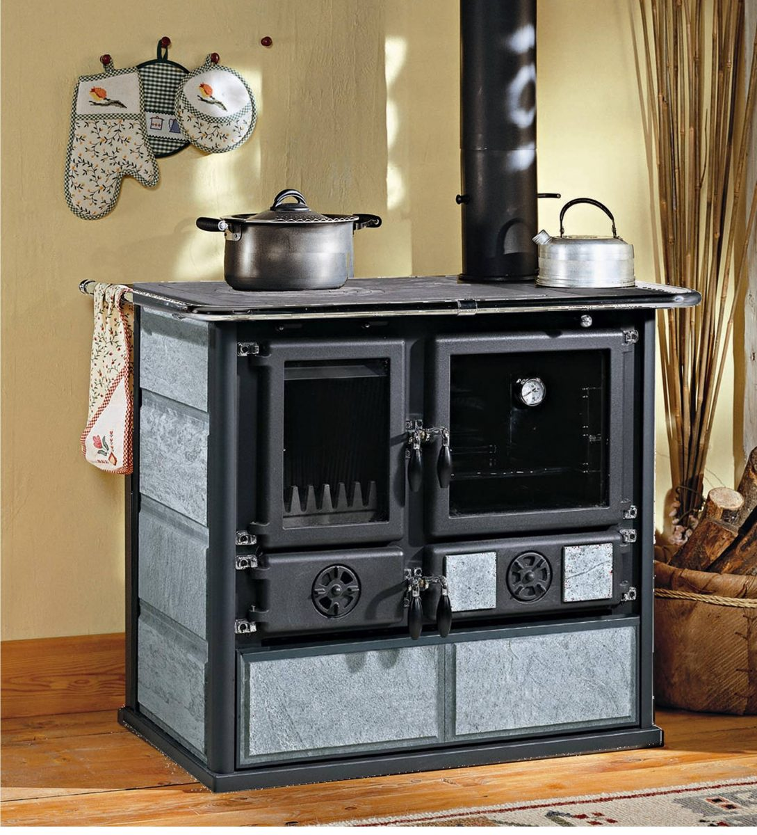 4ludlowrosa-wood-burning-cooker-in-soapstone-1200x1200.jpg