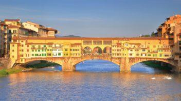 ponte-vecchio-florencie-italie-352x198.jpg