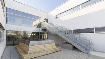 volksschule-essling_6_autor_nmpb-352x198.jpg