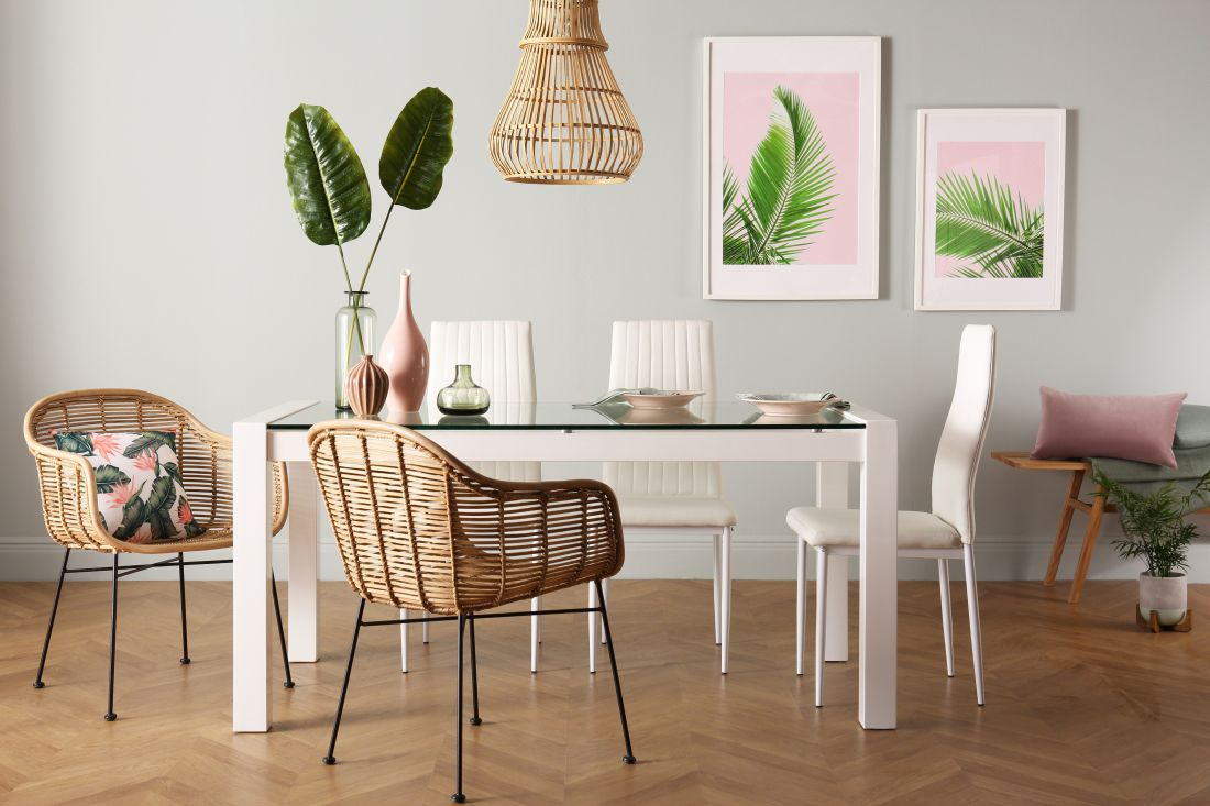 19pixersurniture-choice-ltd_fc-venice-dining-table-with-leon-white-chairs-al499.99-www.furniturechoice.co_.uk_.jpg