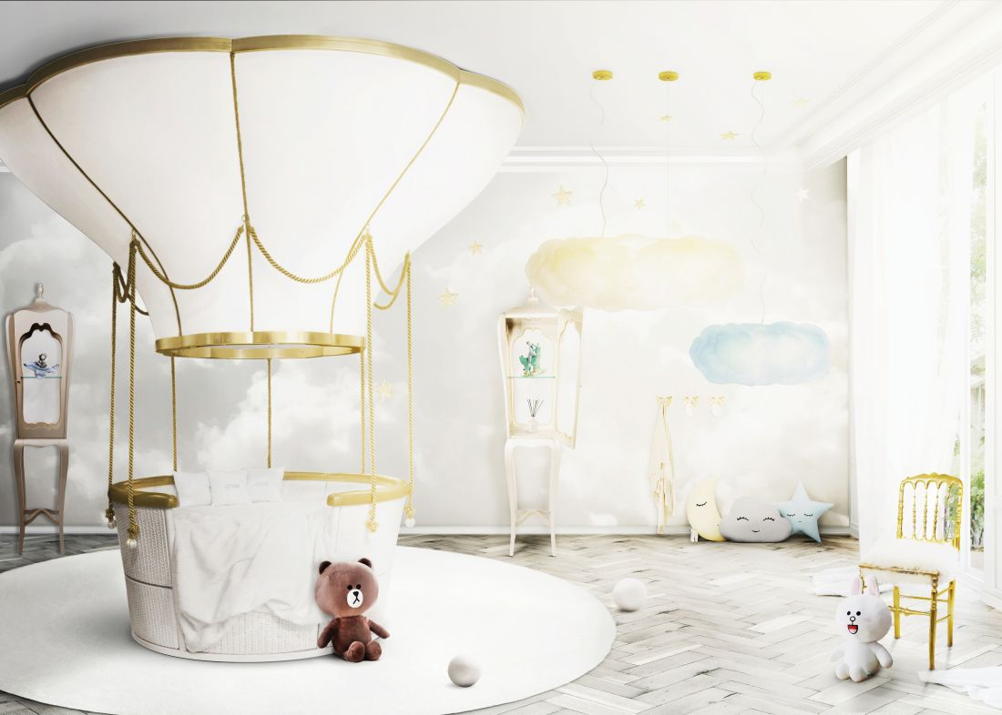 luxury-gold-nursery-_light-yellow-details-with-a-touch-of-magic.jpg