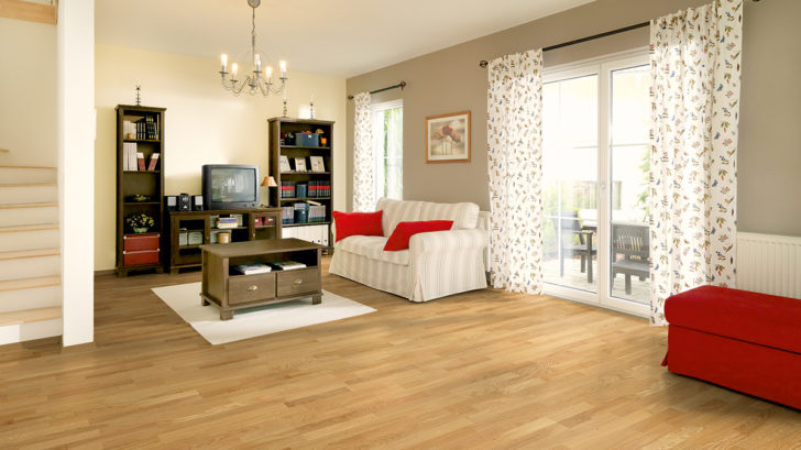 woodflor182-3stab_eiche_classic_natura_fertighaus_6324_a4_111010008898_cmyk_copy-728x409.jpg