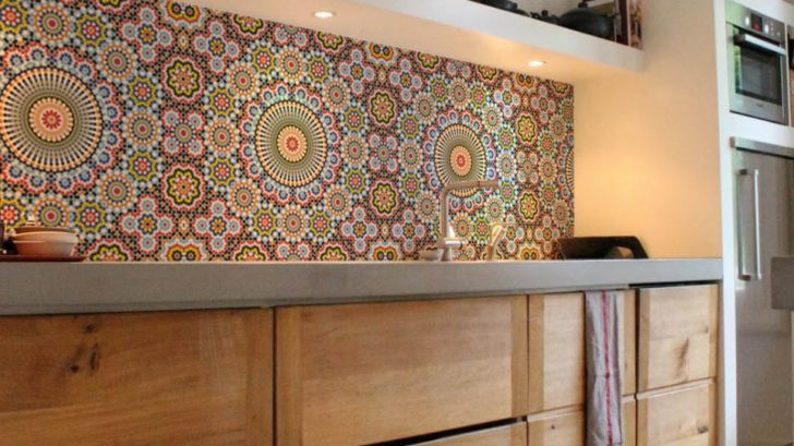 10lime-lace_kitchenwalls-wallpaper-splashback-maroc--728x409.jpg