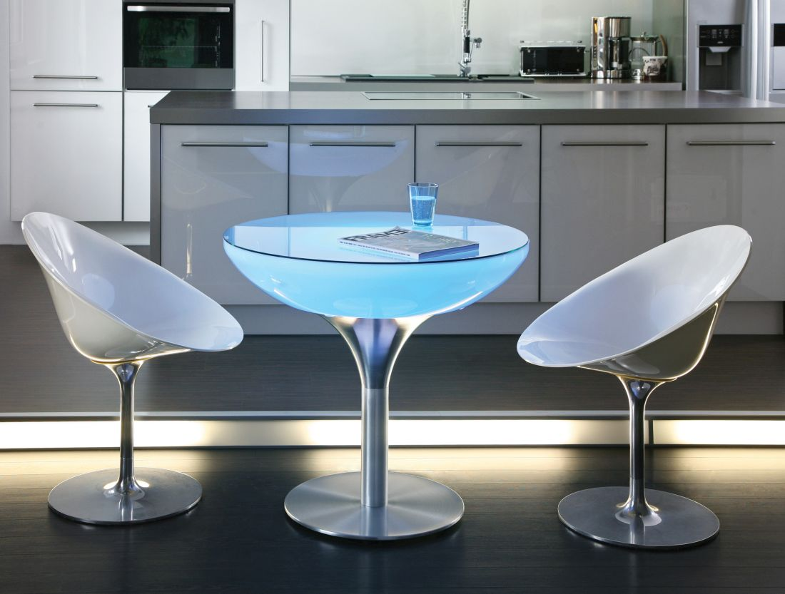1lime-lace_indoor-lounge-75-light-up-table-moree.jpg