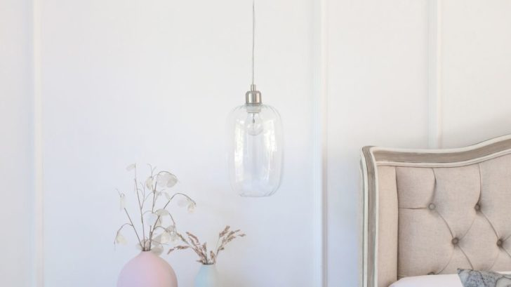 1the-french-bedroom_celia-clear-glass-pendant-light-lifestyle-728x409.jpg